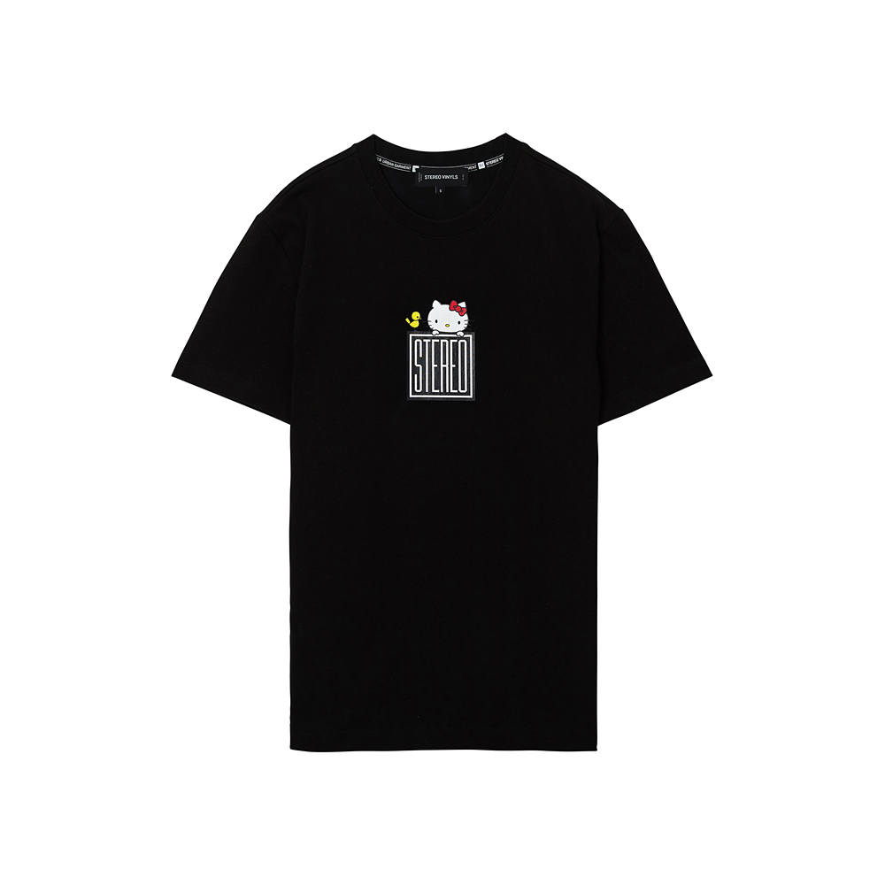 [Hello Kitty] Square Logo S/S T-shirts(Black) 스테레오 바이널즈