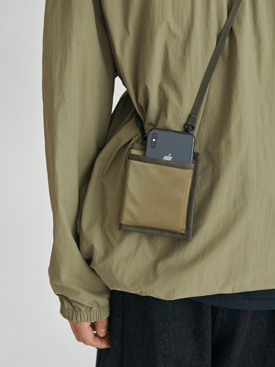 [FW20 Sounds Life] Wallet & Phone Cross Bag(Khaki) 스테레오 바이널즈[FW20 Sounds Life] Wallet & Phone Cross Bag(Khaki)